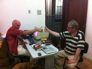 Übersetzer und Autor bei der Arbeit