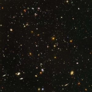 Deep Space Aufnahme des Hubble Teleskops